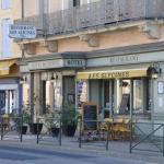 Hotel Pictures: Hotel Moderne Un Coin de ... Remoulins, Remoulins