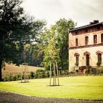 Hotel Pictures: Pension Rothschildův dvůr, Bělá