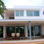 Hotel Pictures: Villa Jamaica, Fornells