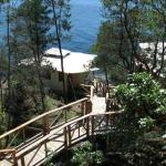 Hotel Pictures: Rockwater Secret Cove Resort, Halfmoon Bay