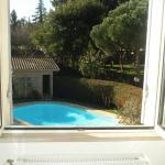 Hotel Pictures: Chambre d'Hôtes de L'Abricotier, Saint-Macaire