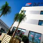 Hotel Pictures: Travelodge Valencia Aeropuerto, Manises