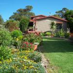 Hotel Pictures: Monaro Cottage, Eden