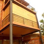 Brick House Luxury Apartment,  Werahera