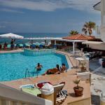 Jo An Beach Hotel, Adelianos Kampos