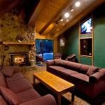 Sierra Lodge, Mammoth Lakes