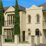 Hotel Pictures: Sea Shells on Banyan Apartment, Warrnambool