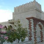 Castle Hotel, Himare