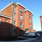 Hotel Pictures: Grand Central Serviced Apartments, Warrington