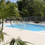 Hotel Pictures: Camping La Digue, Chauzon