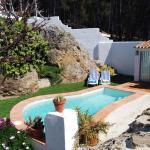 Hotel Pictures: Villa La Roca, Montecorto