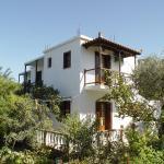 Platanakia, Skopelos Town