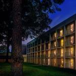 Whispering Woods Hotel & Conference Center, Olive Branch