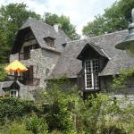Hotel Pictures: Moulin de La Fontaine Cambot, Eysus