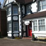 Melville Lodge Gatwick,  Horley