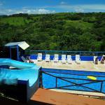Hotel Pictures: Hotel Cielo Azul Resort, Tilarán