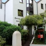 Hotel Pictures: Zum Bergischen Hof, Dormagen