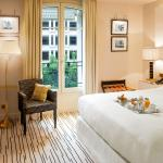 Hotel Montaigne, Paris