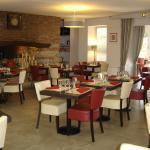 Hotel Pictures: Hôtel Restaurant du Lauragais, Villefranche-de-Lauragais