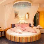 Hotellikuvia: Hotel Bergkristall, Silbertal
