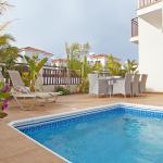 Hotel Pictures: Villa Evdokia, Protaras