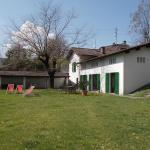 Hotel Pictures: Casa Bianchi, Rovio