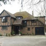 Yew Tree Guest House, Horley