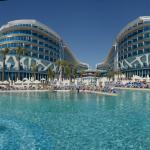 Vikingen Infinity Resort & Spa, Avsallar