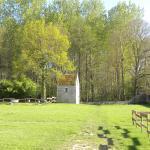 Hotel Pictures: Il était une fois un Pigeonnier en Val de Loire...., Cléry-Saint-André
