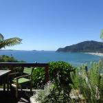 Coastal Heights Apartment and Bed & Breakfast,  Tairua