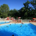 Hotel Pictures: Camping du Lac, Cancon