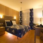 Hotel Pictures: BreizH HoteL, Crach