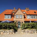 Hotel Pictures: Ferienhäuser im Sylter Gartenweg, Tinnum