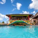Grafton Beach Resort,  Scarborough