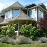 Yellow Rose Bed & Breakfast, Kelowna