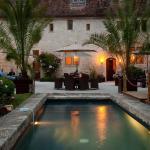 Hotel Pictures: Le Couvent des Cordeliers, Verteuil-sur-Charente