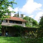 Hotel Pictures: Le Jardinet, Flaugnac