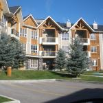 Hotel Pictures: Piccadilly Vacation Rentals, Radium Hot Springs