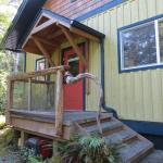 Hotel Pictures: Tigh-Na-Clayoquot Vacation Rental, Tofino
