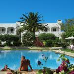 Mantenia Hotel, Platanes