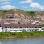 Hotel Pictures: Travelodge Drumheller, Drumheller