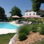 Hotel Pictures: Chambres d'hôtes Caubel, Saint-Pierre-de-Caubel