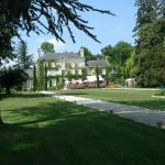 Hotel Pictures: Château de l'Hérissaudière, Pernay