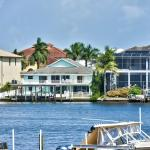 Canal Grande Waterfront Vacation Rental, Naples