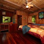 Hotel Pictures: Casa Rio Blanco Eco Friendly B&B, Guápiles