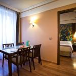Hotel Pictures: Suites Gran Vía 44, Granada