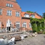 Hotel Pictures: Sauntehus Castle Hotel, Hornbæk