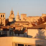A la terrasse d'Avignon, Avignon