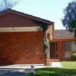 酒店图片: Australian Home Away @ Doncaster Pine Hill, Doncaster East