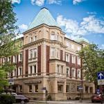 Hotel Pictures: Parkhotel 1888 Traunstein, Traunstein